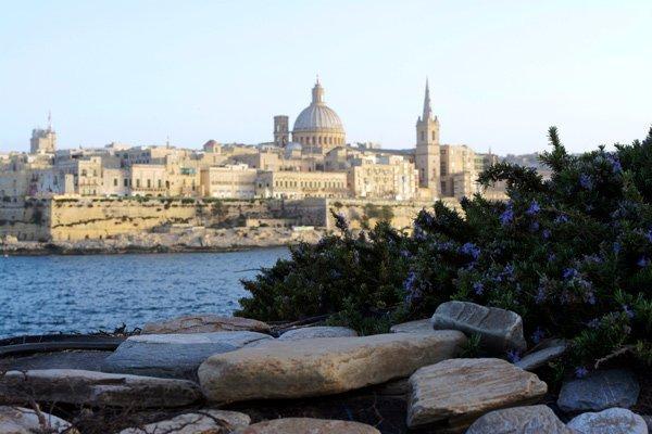 horizon en skyline van valletta hoofstad van malta