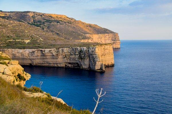 malta schitterend uitzicht imtahleb azuurblauw water