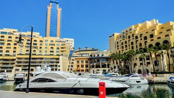 ondernemen in malta kantoren portomaso business tower wereldwijd leven