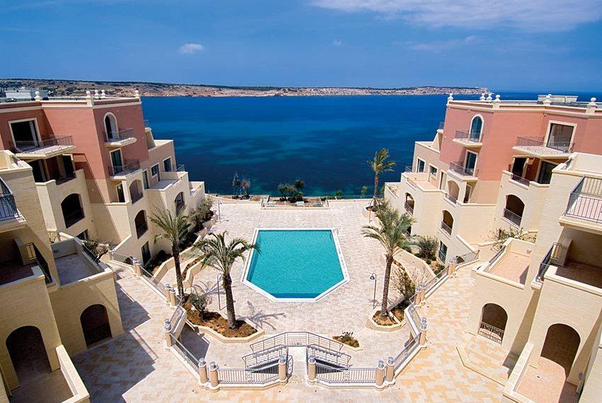 tas-sellum residentie mellieha blok 5 zeezicht zwembad wereldwijdleven