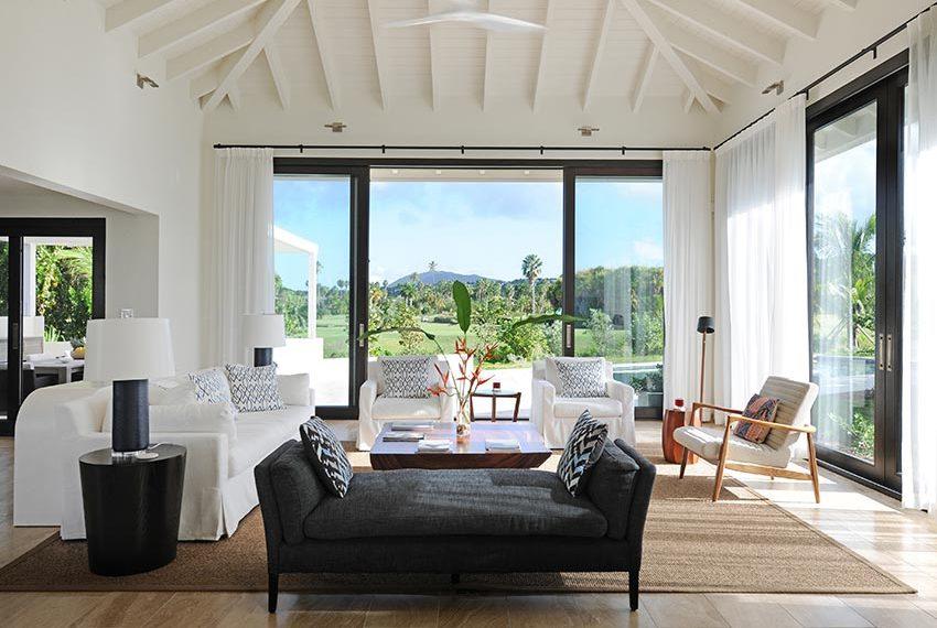 hoog plafond open leefruimte pinneys beach villas four seasons vastgoed nevis wereldwijdleven