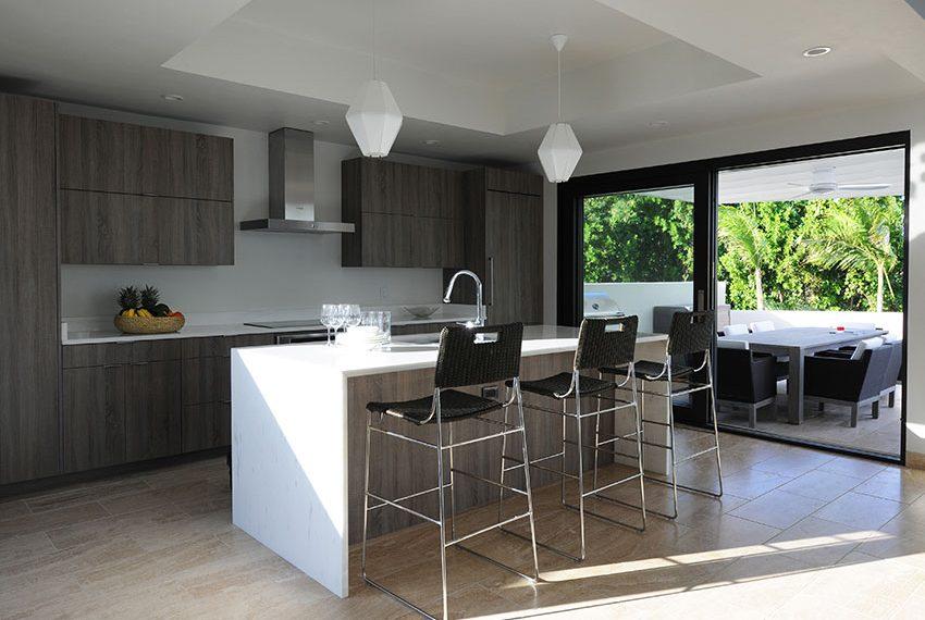 keuken overdekt patio pinneys beach villas four seasons vastgoed nevis wereldwijdleven