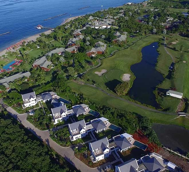 luchtfoto pinneys beach villas four seasons vastgoed nevis wereldwijdleven