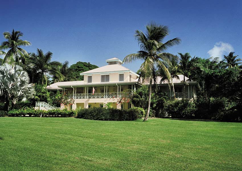 nevisian grand villa herverkoop unieke villas four seasons vastgoed nevis wereldwijdleven