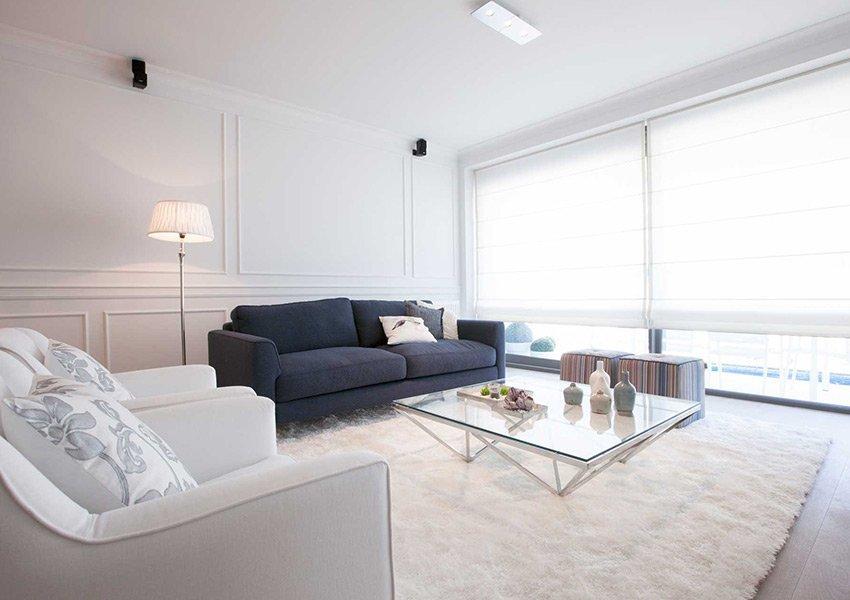Gezellig Ingerichte Woonkamer : Ingerichte woonkamer met gekleurde: moderne woonkamer foto s en