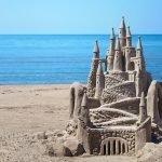 huizen te koop in het buitenland droomkasteel op het strand