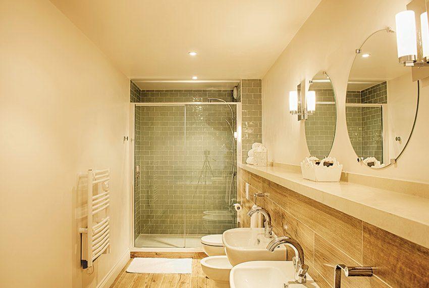 mooie moderne badkamers in verhuurunits studio's en appartementen recreatiewoning kopen frankrijk halcyon retreat nouvelle aquitaine
