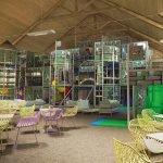 recreatiewoning kopen frankrijk kindvriendelijk luxeresort met gigantische binnenspeeltuin voor kinderen