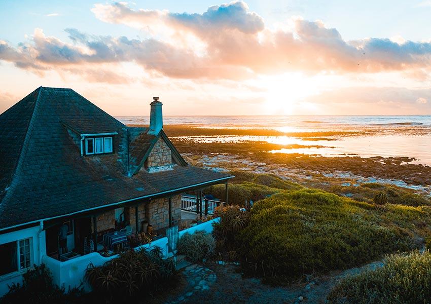 vakantiewoningen aan de kust in binnen of buitenland