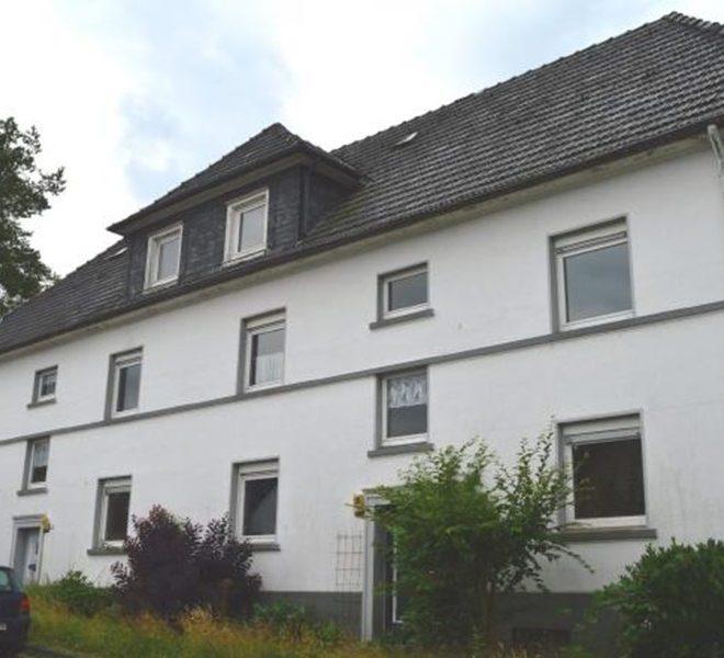 beleggingspand in duitsland te koop in Radevormwald volledig gebouw met 4 appartementen en gewaarborgde verhuurinkomsten