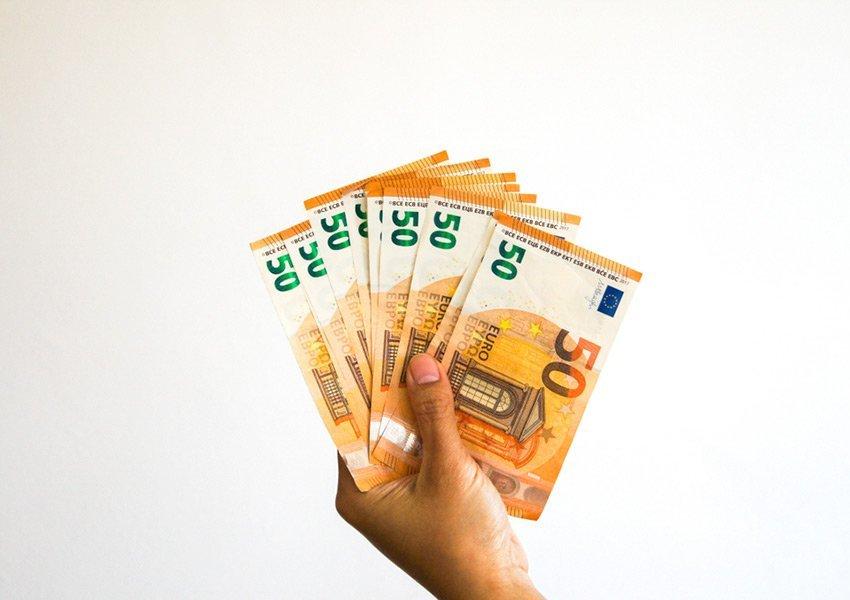 niet veel spaargeld nodig om te beginnen met geld uitlenen aan particulieren online