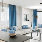 keukentafel en woonkamer met pakken natuurlijke lichtinval en zicht op zee tivat montenegro