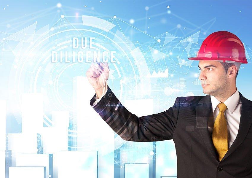 inspectie ter plaatse van pand en kantoor ontwikkelaar is waardevol als due diligence tijdens aankoopprocedure van vastgoed