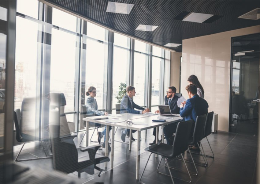teams met ervaring en deskundige medewerkers zijn cruciaal voor goede verhuurservice