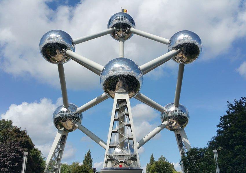 atomium blikvanger van brussel hoofdstad belgie