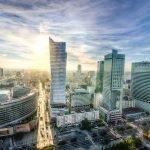 commercieel vastgoed als investering in polen via vastgoedfonds skyline van warschau