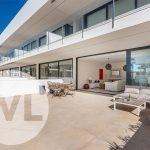 appartement in spanje kopen met terras en gemeenschappelijk zwembad aan zee mar de cristal cartagena