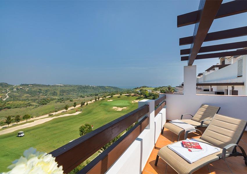 appartement op golfbaan kopen als vakantiehuis of opbrengsteigendom spanje costa del sol