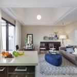 appartement te koop spanje met open keuken en mooie woonkamer met passieve verhuurformule en zekere huurinkomsten via uitbater resort