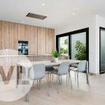 open keuken met kookeiland strak design veel licht moderne villa te koop spanje costa calida