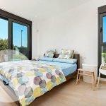 slaapkamer met boxspring bed in nieuwbouw villa te koop mar menor santiago de la ribera