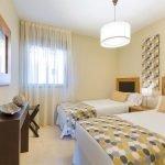 tweede slaapkamer met aparte bedden voor kinderen of gasten duurzaam kwalitatief hoogstaand interieur costa del sol spanje