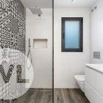 inloop regendouche met moderne betegeling alle sanitaire voorzieningen aanwezig nieuwbouw spaanse villa te koop