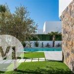 spaanse villa kopen nieuwbouw met tuin en zwembad in santiago de la ribera murcia