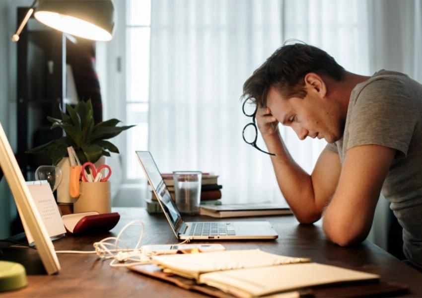 uitgaven limiteren financiële stress vermijden spaarcapaciteit opkrikken